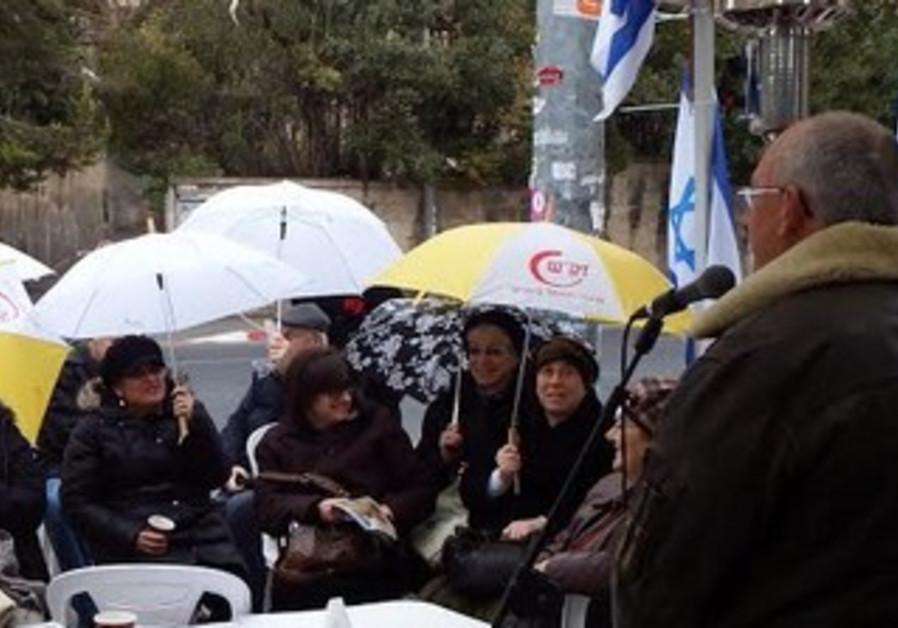 Prof. Arieh Eldad speaking to Women in Green