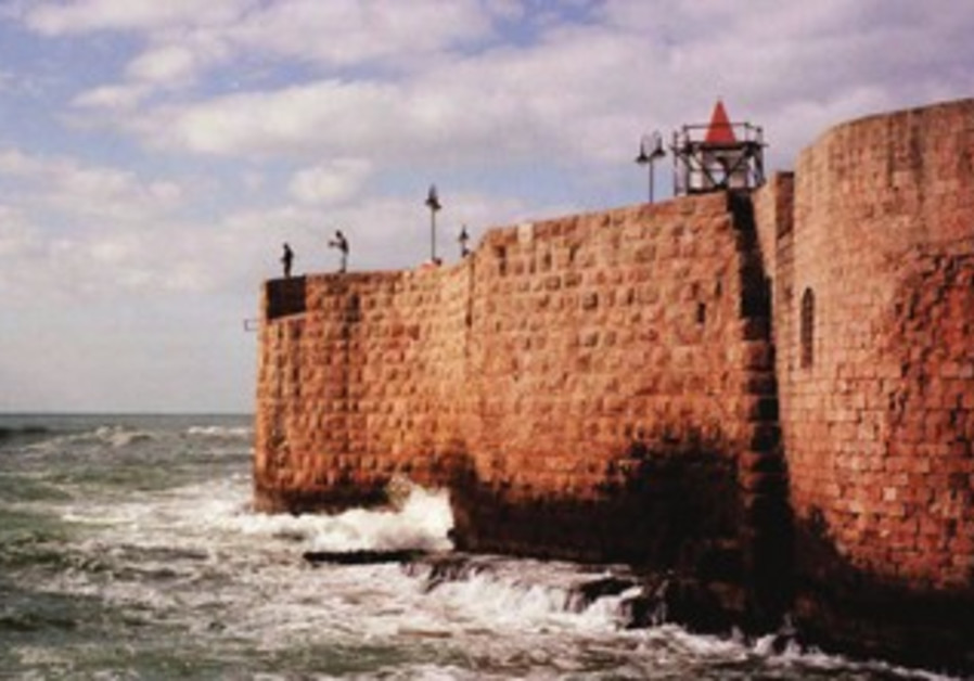 A view of Acre from the sea