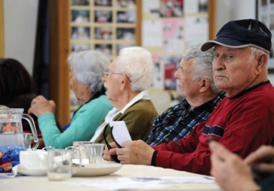 Holocaust survivors from Pardes Hanna