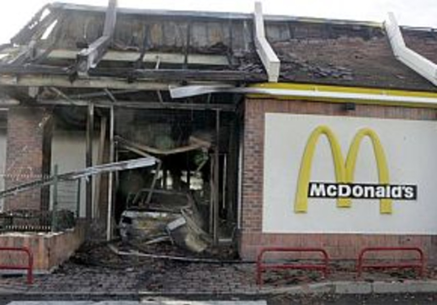 paris riots mcdonald's destroyed 298 ap