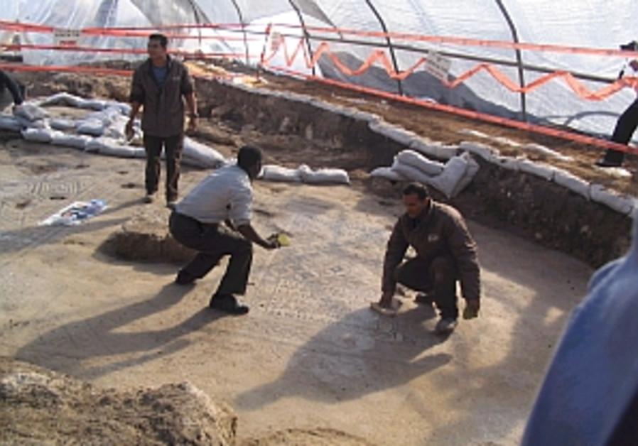 megiddo excavations 298