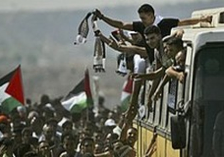 'No talks unless Israel frees prisoners'