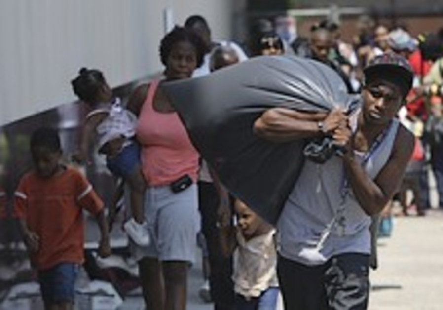 New Orleans orders mandatory evacuation