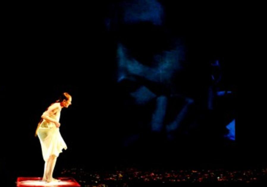 Rina Schenfeld sur scène