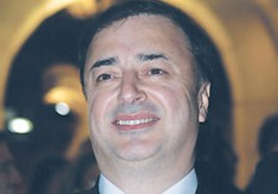 'Leviev losses force Chabad to fundraise locally'