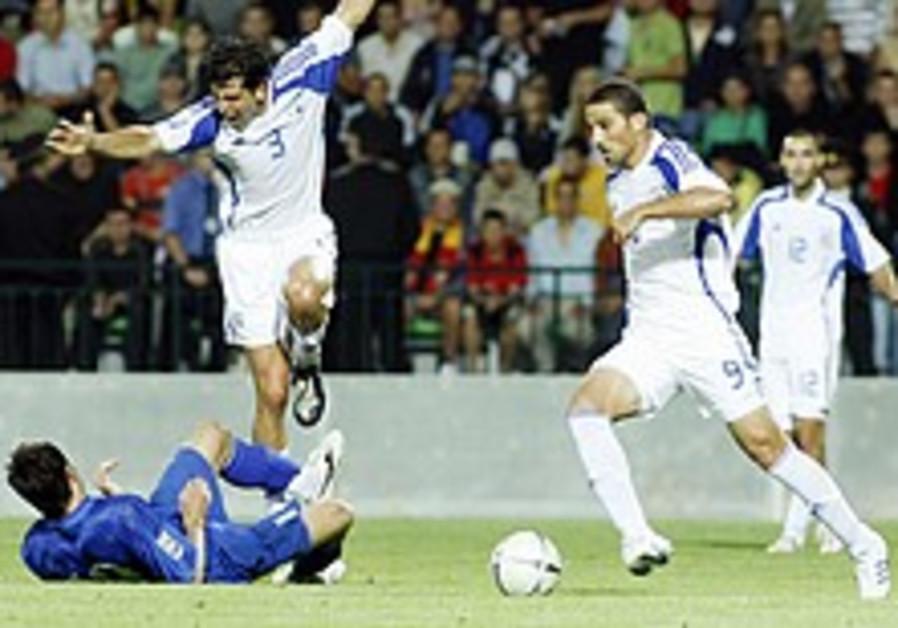 Soccer: Israel's comeback kids do it once again in Moldova