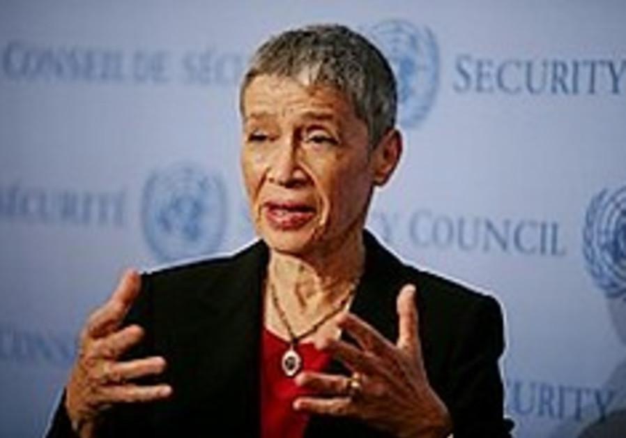 Shalev: Israel seeks to 'destroy' Hamas