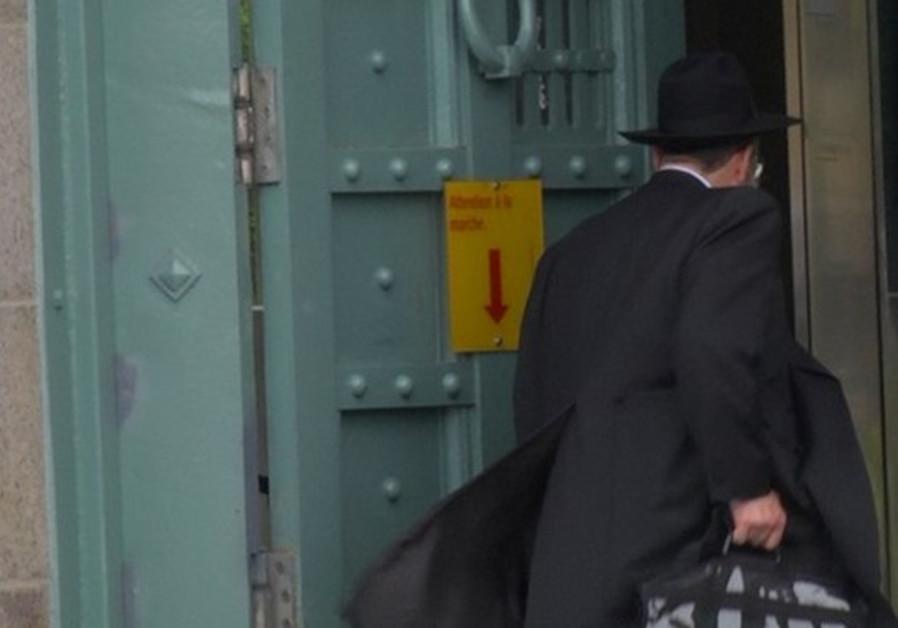 Prison rabbi