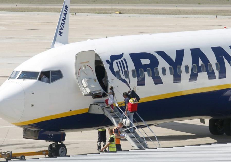 A Ryanair airplane
