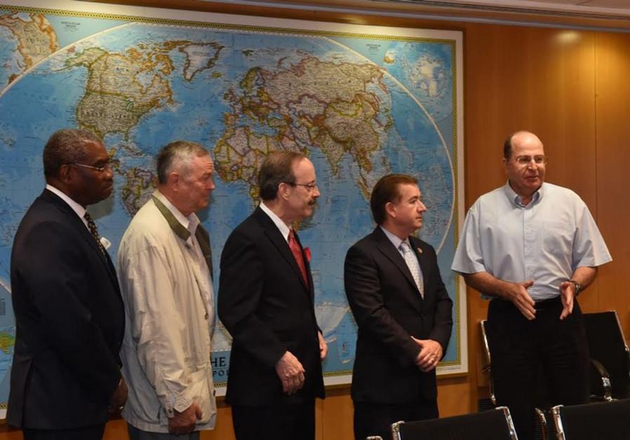 Moshe Ya'alon and US representatives