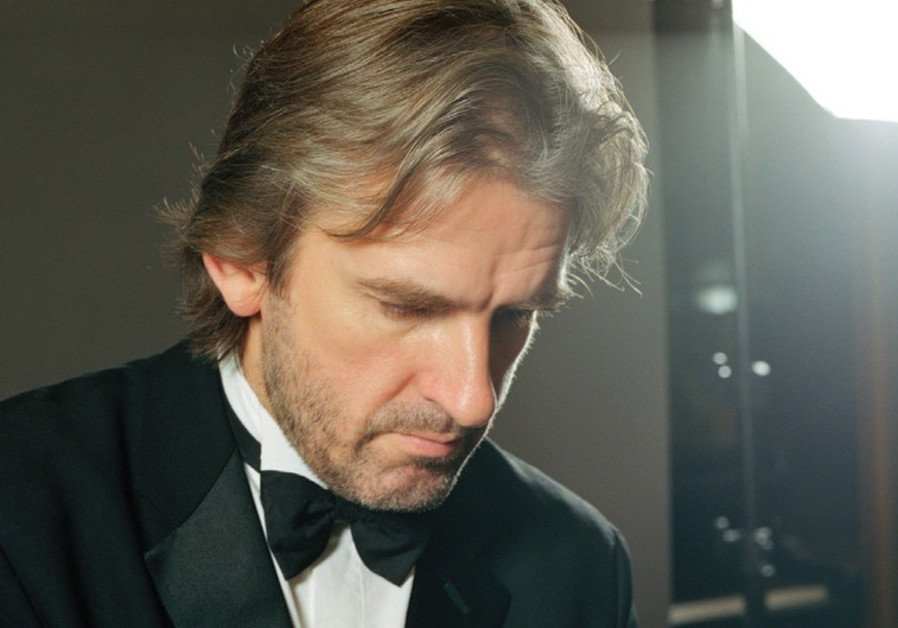 Pianist Barry Douglas