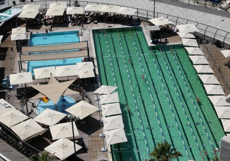Gordon swimming pool in Tel Aviv