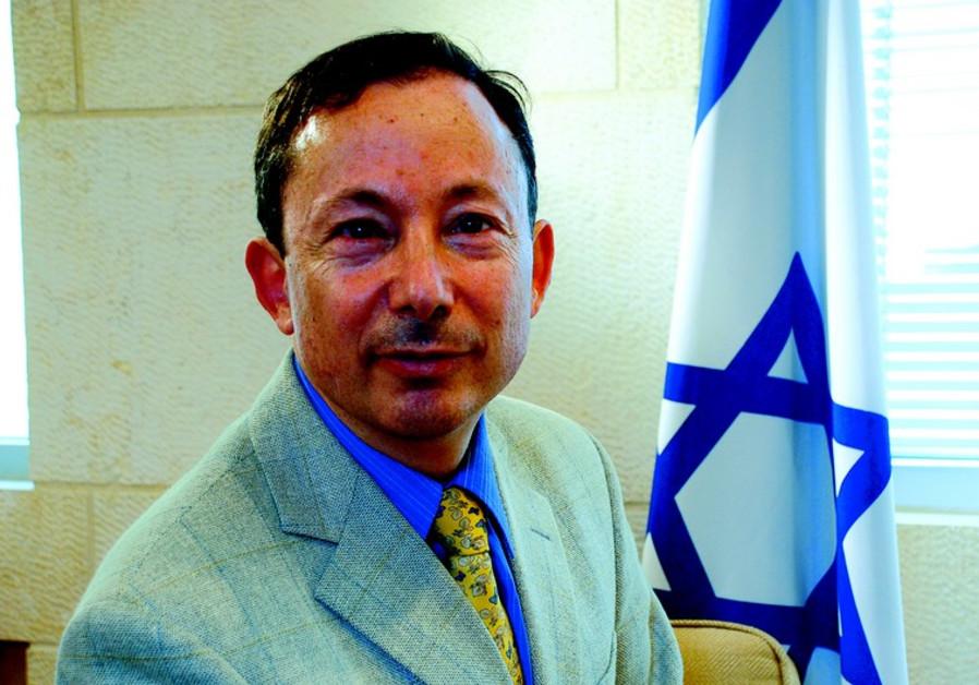 Yigal Palmor: «Chaque chose a besoin d'une interprétation. Chaque chose doit être expliquée.»