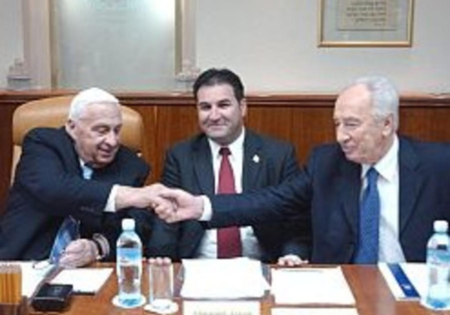 sharon and peres shake hands in cabinet 298