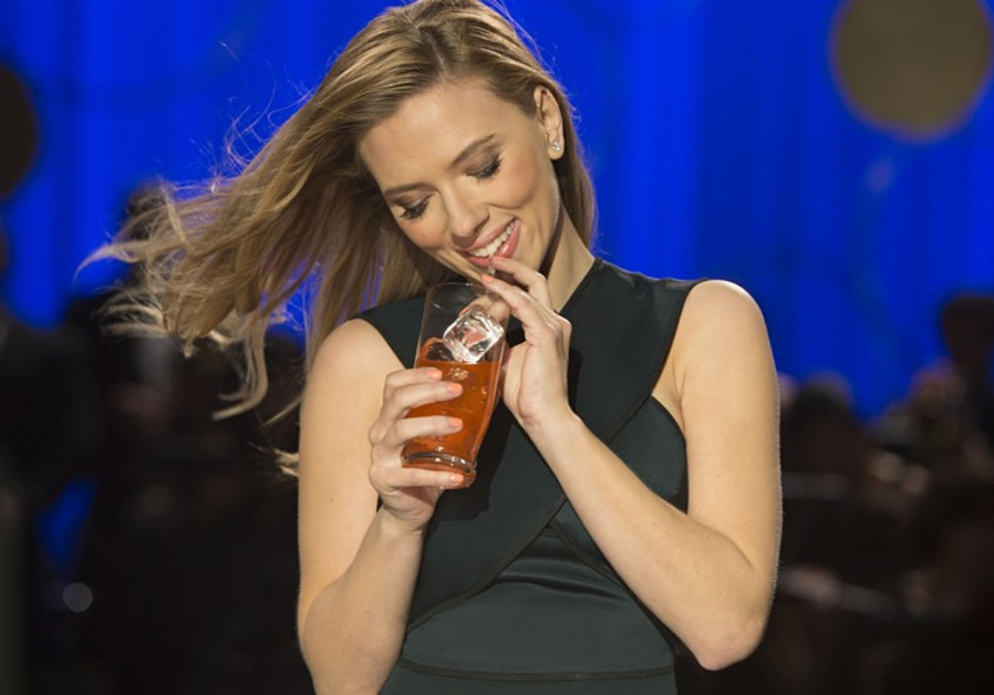 SodaStream pitchwoman Scarlett Johansson