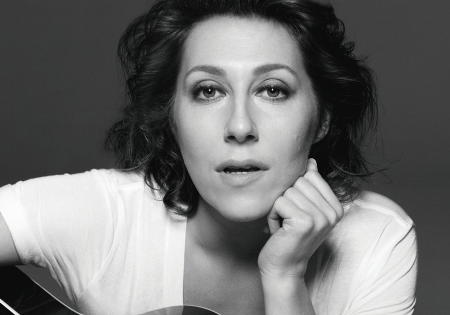 Indie folk-pop singer-songwriter Martha Wainwright