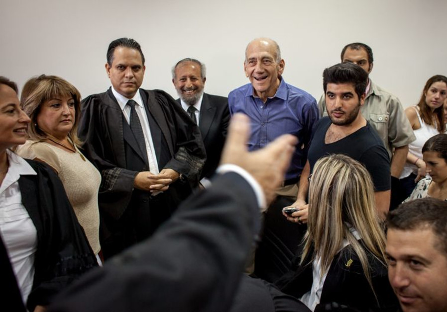 Olmert corruption trial
