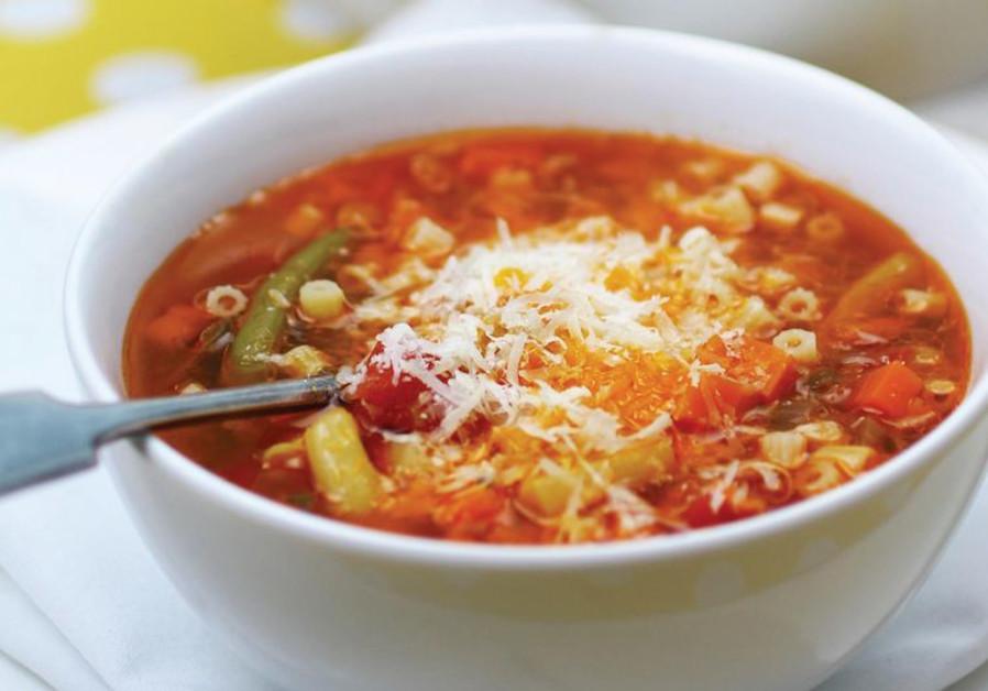 Rich minestrone soup