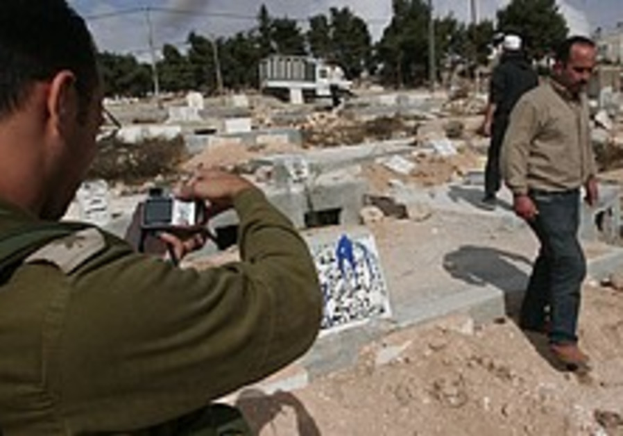 Palestinians warn Israeli settlers: 'Over our dead bodies'