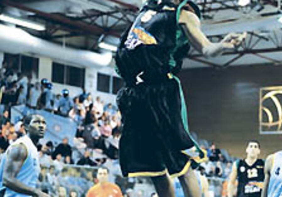 Local Hoops: Mac Haifa brings back Jefferson in first major offseason move