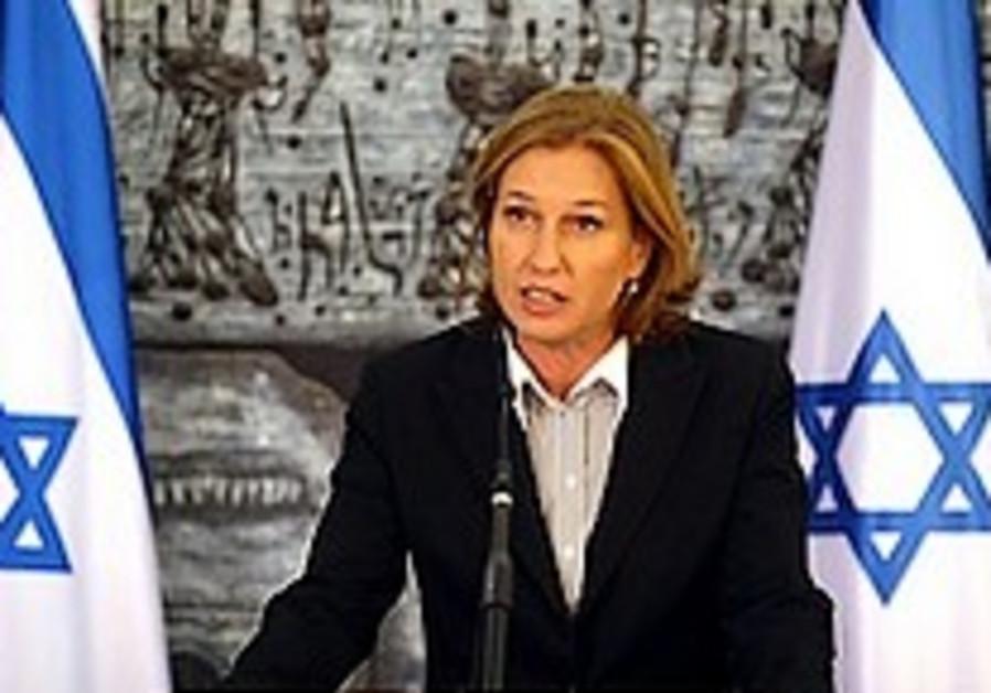 Livni: We must restore public certainty