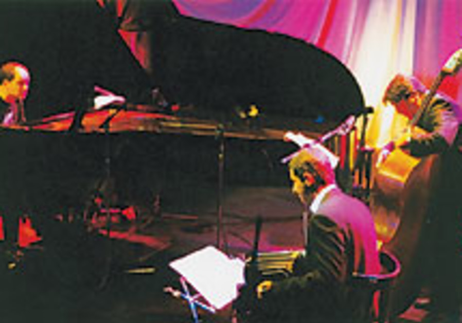 Opera House gives jazz a Latin touch