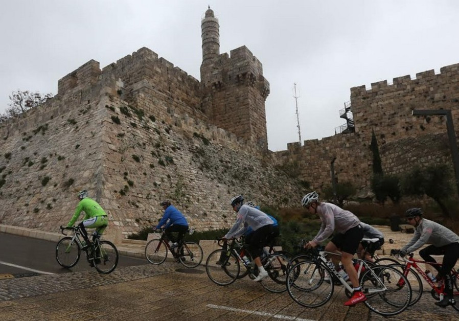 Peter Sagan leading Israel's first pro cycling team
