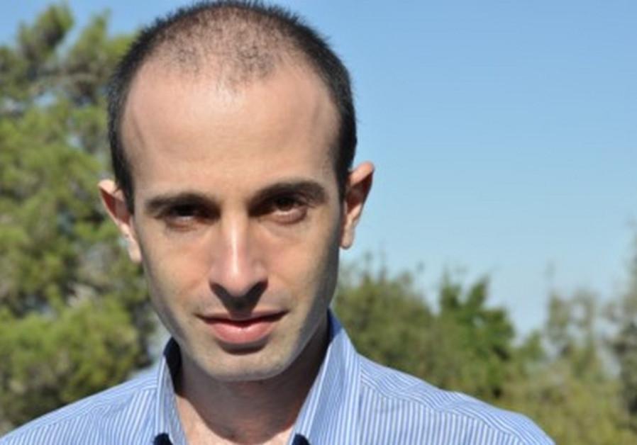 Yuval Noah Harari: Historically, nudity killed few, zealotry millions