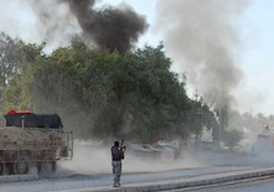 Female bomber at Baghdad Shiite shrine kills 38