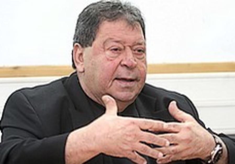 MK Binyamin Ben-Eliezer.