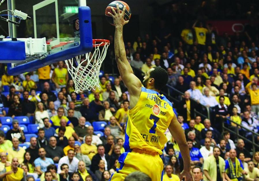 Maccabi Tel Aviv's Brian Randle