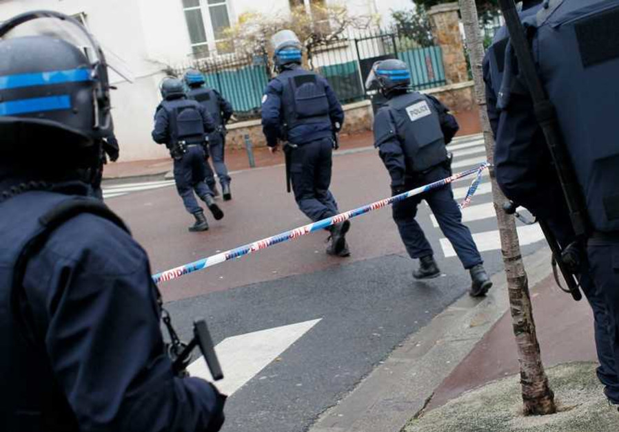 French intervention police