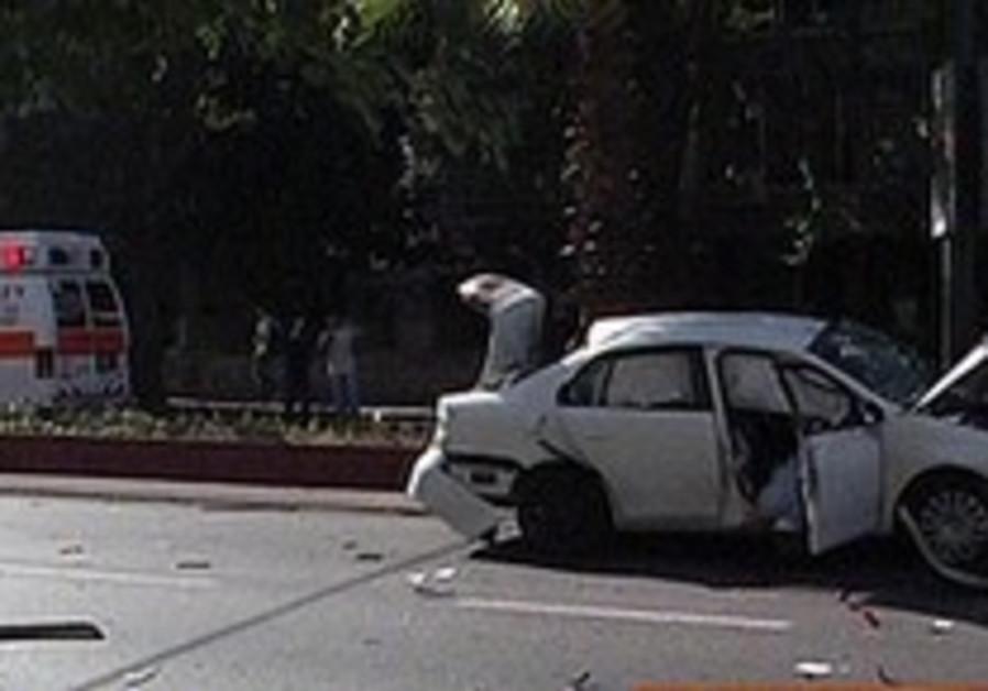 Shootings claim 1 in Taibe; failed mob hit in Netanya