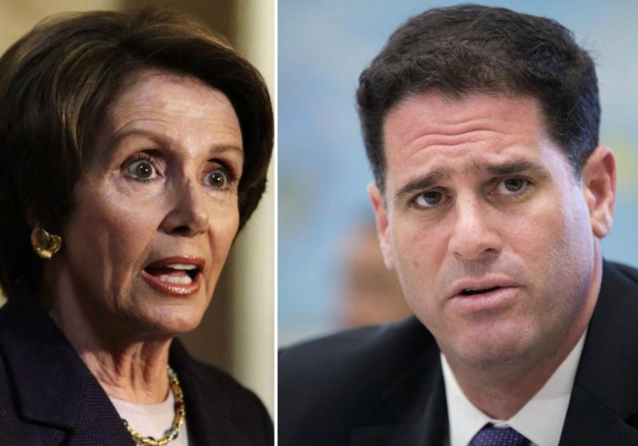 Israeli ambassador to US Ron Dermer (R) and US Representative Nancy Pelosi (D.-Cal.)
