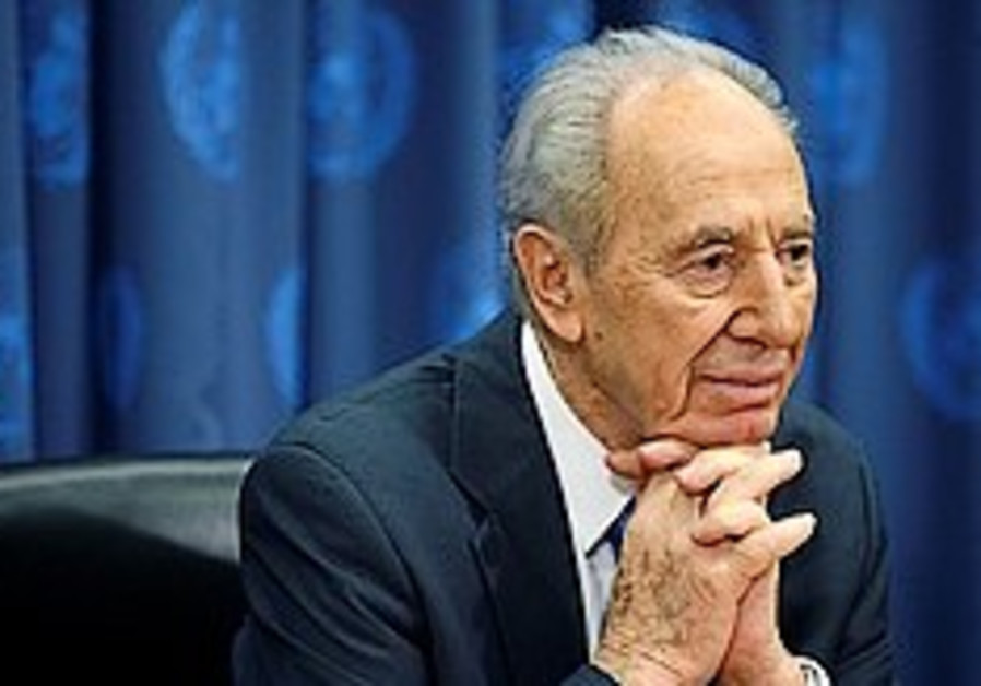 Peres sees Obama as great for 'the world'