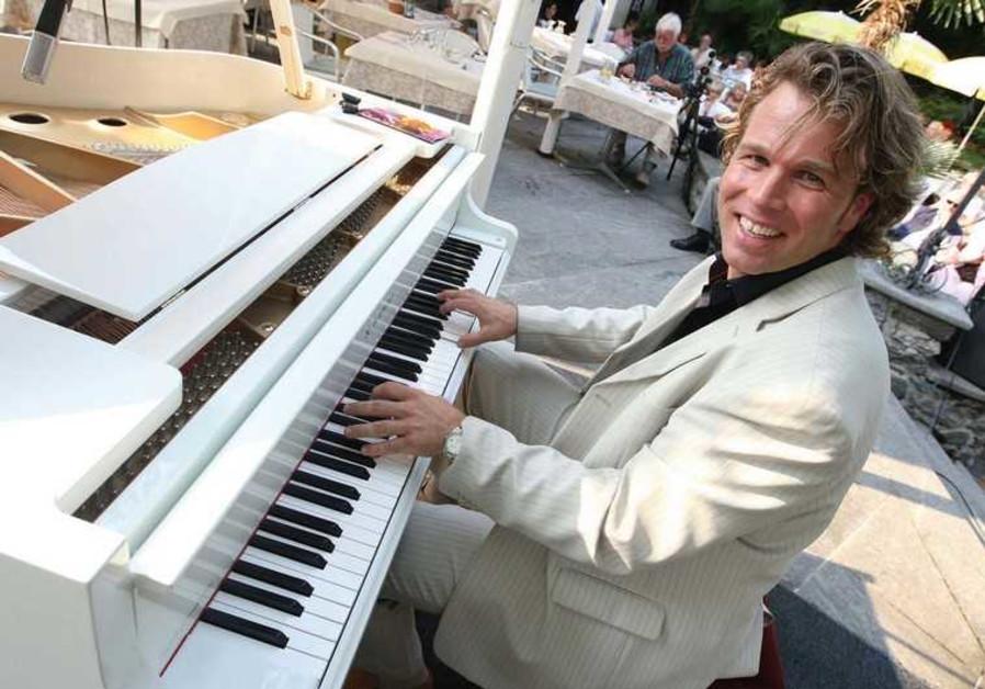 Swiss pianist Silvan Zingg