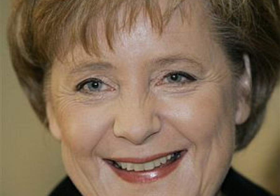 Merkel to focus on Africa at G-8 summit