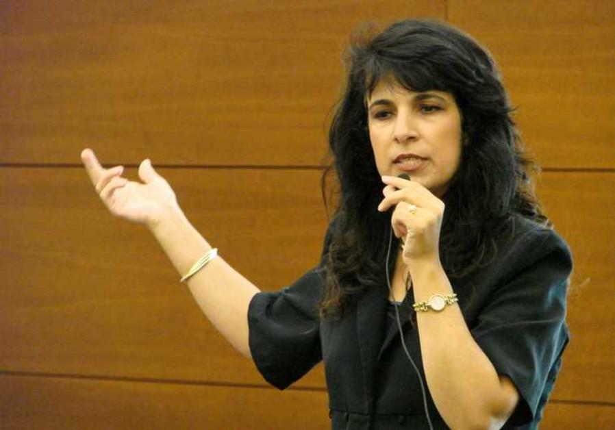 La dynamique avocate Nitsana Darshan-Leitner