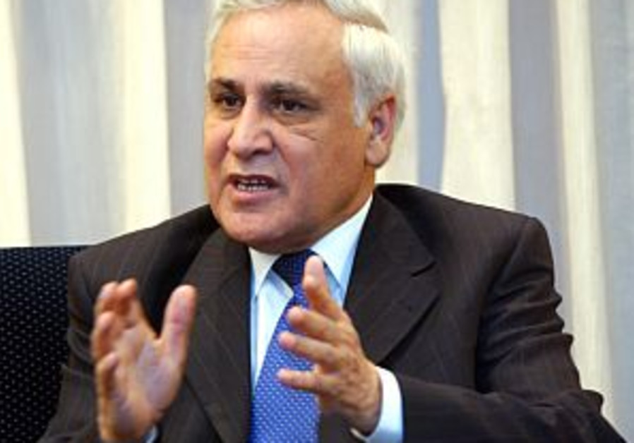 More claims surface against Katsav