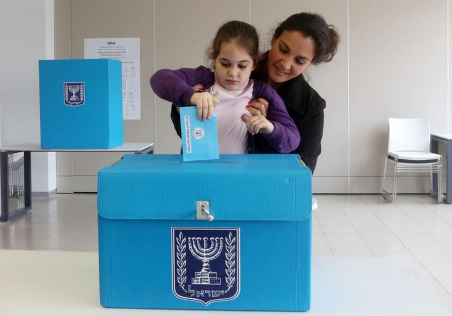 Child  casts vote for mother