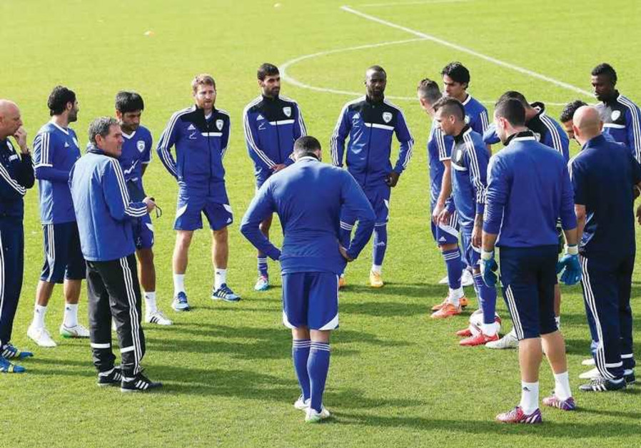 Israeli national soccer team meets during practice