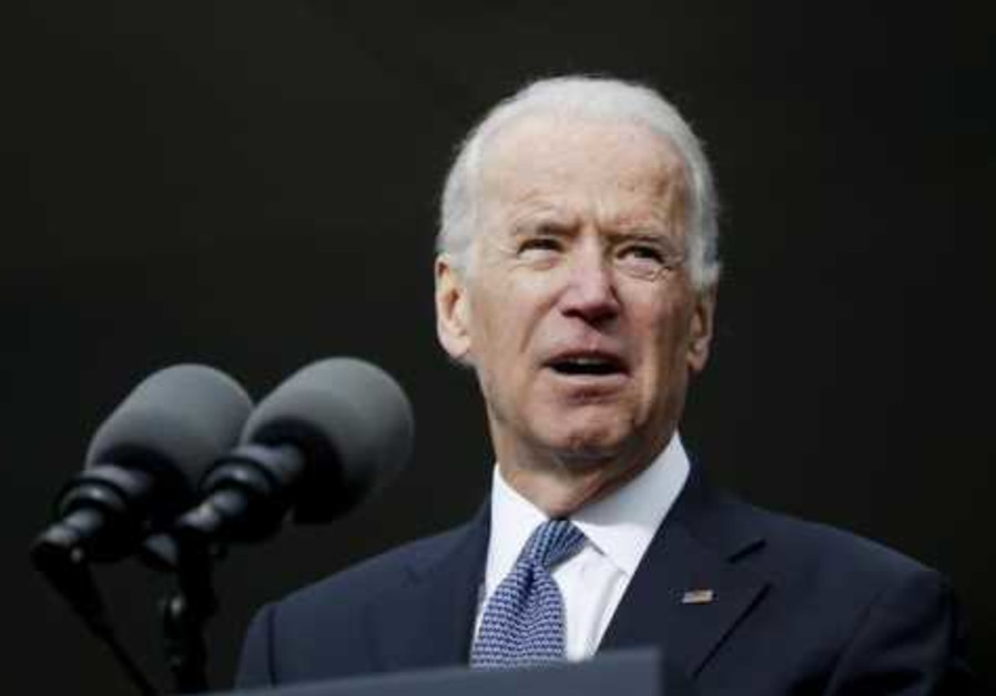 Pence Supports Trump on Foreign Nations Investigating Bidens