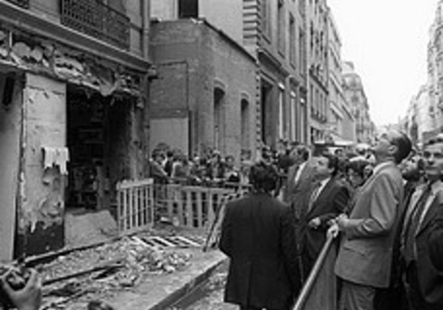 France seeks extradition of Canadian professor over 1980 bombing of Paris synagogue in which 4 died
