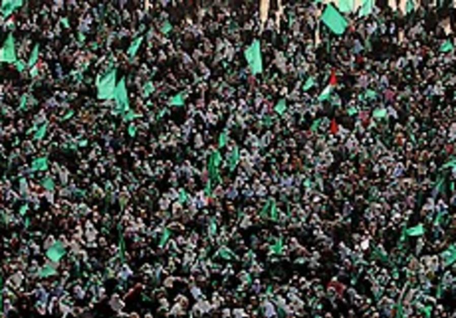Hamas divided on extending 'calm'