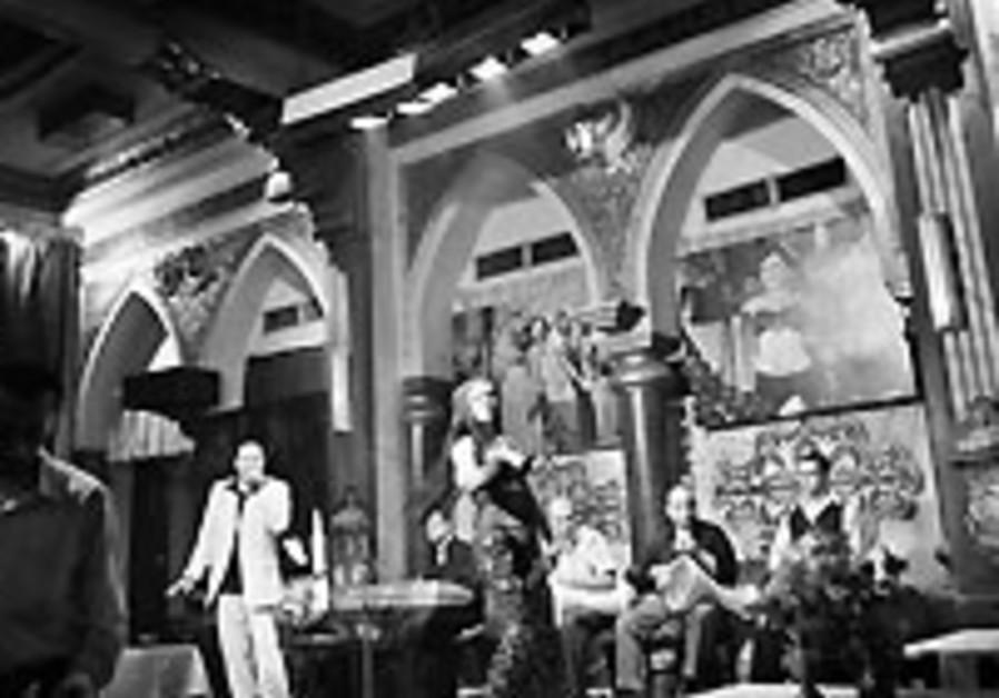 Religion, decrepitude threaten downtown Cairo bars