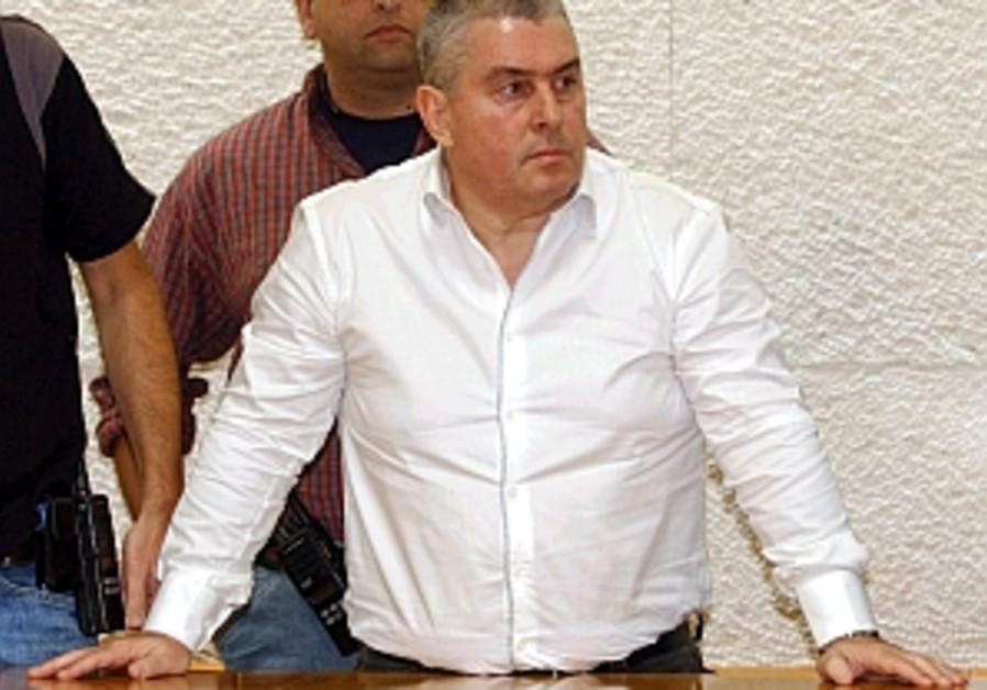 rosenstein stands up in court 298