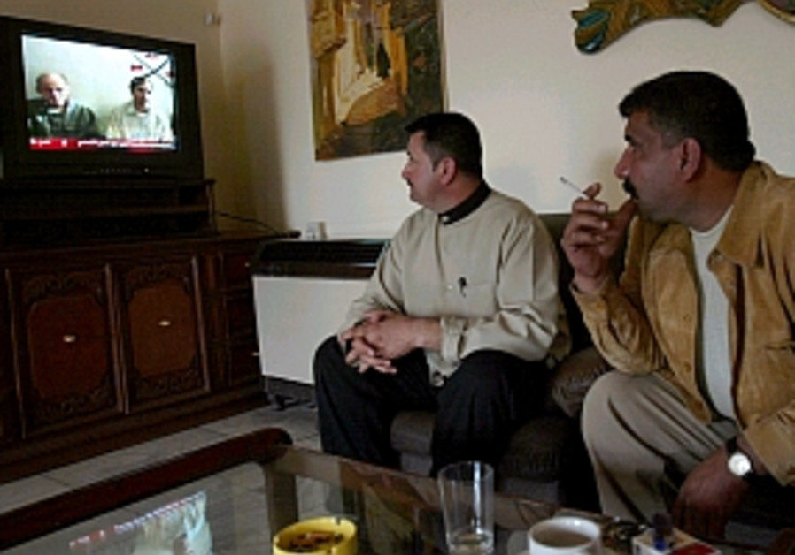 iraqis watch tv 298.88