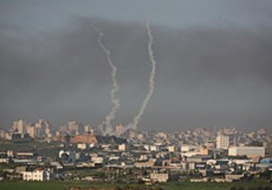 IDF hits Gaza targets after Kassam lands near Ashkelon