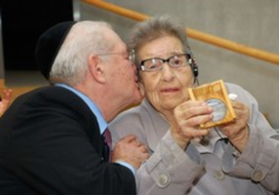 American reconnects with the Polish woman who saved his life during the Holocaust