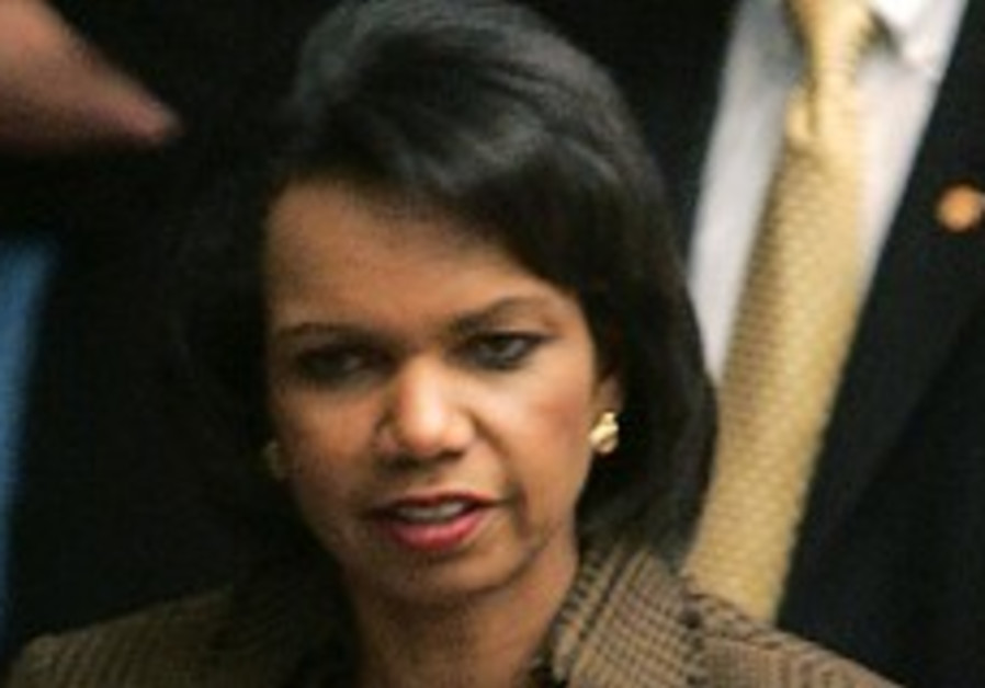 Rice extends NY stay to continue cease-fire efforts